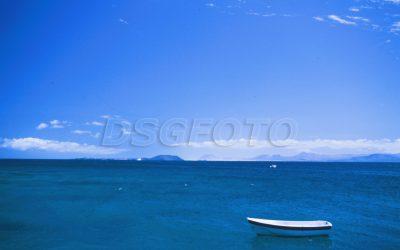 barca en Playa Blanca